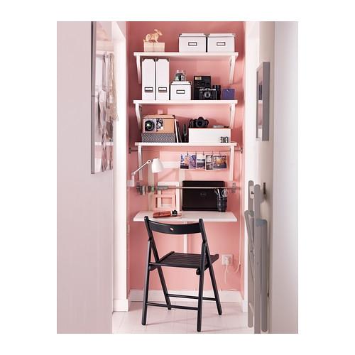 Un angolo studio originale idee facili veloci e fai da - Tavolo da parete ikea ...